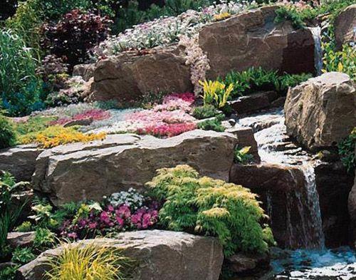 Мелкие камни для оформления клумбы
