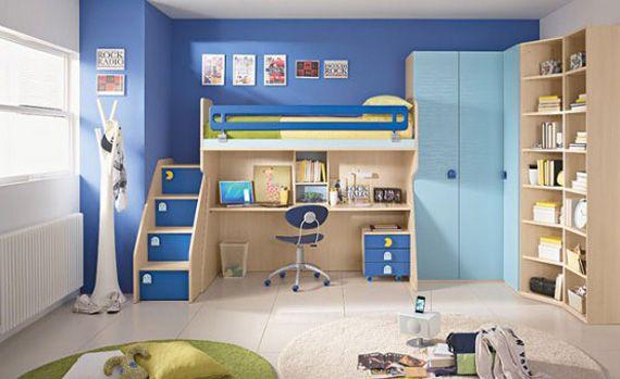 Бело-голубая детская комната