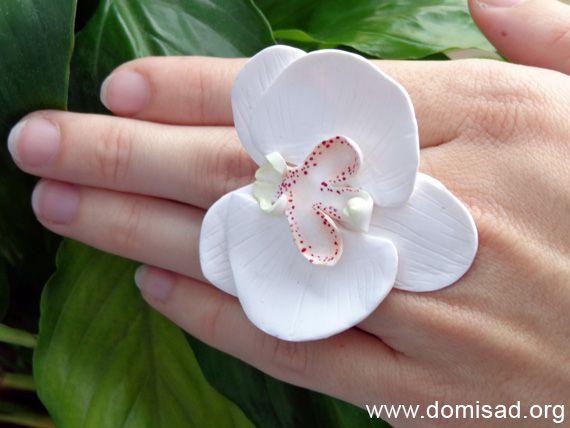 Кольцо в виде цветка орхидеи