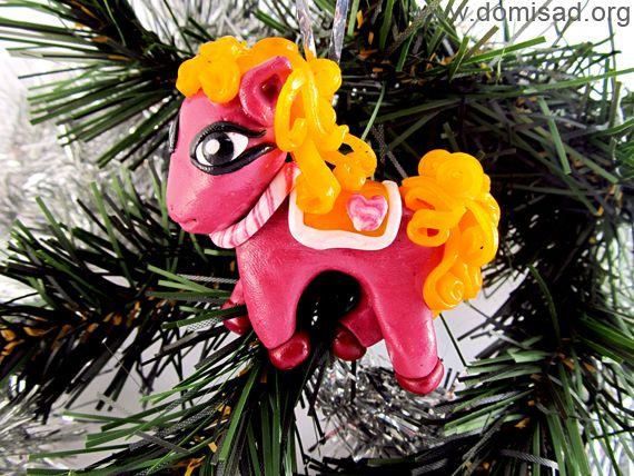 Елочная игрушка - пони