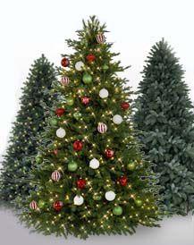 3 искусственные елки