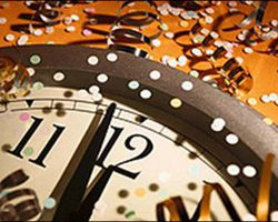 Часы бьют 12 в новый год