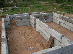 ФБС блоки на строительстве фундамента