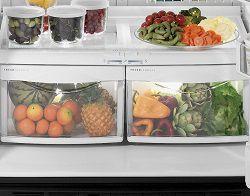 Ящики с овощами и фруктами