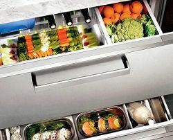Современный встроенный холодильник