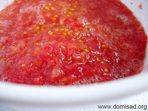 Натертые помидоры для кабачковой икры