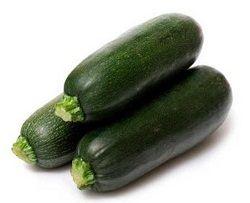 Темно зеленые кабачки - цуккини