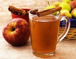 Яблочный сок, заготовленный на зиму