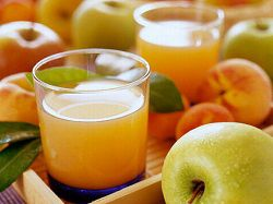 Сок из яблок, заготовленный на зиму