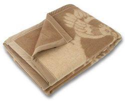 Бежевое шерстяное одеяло